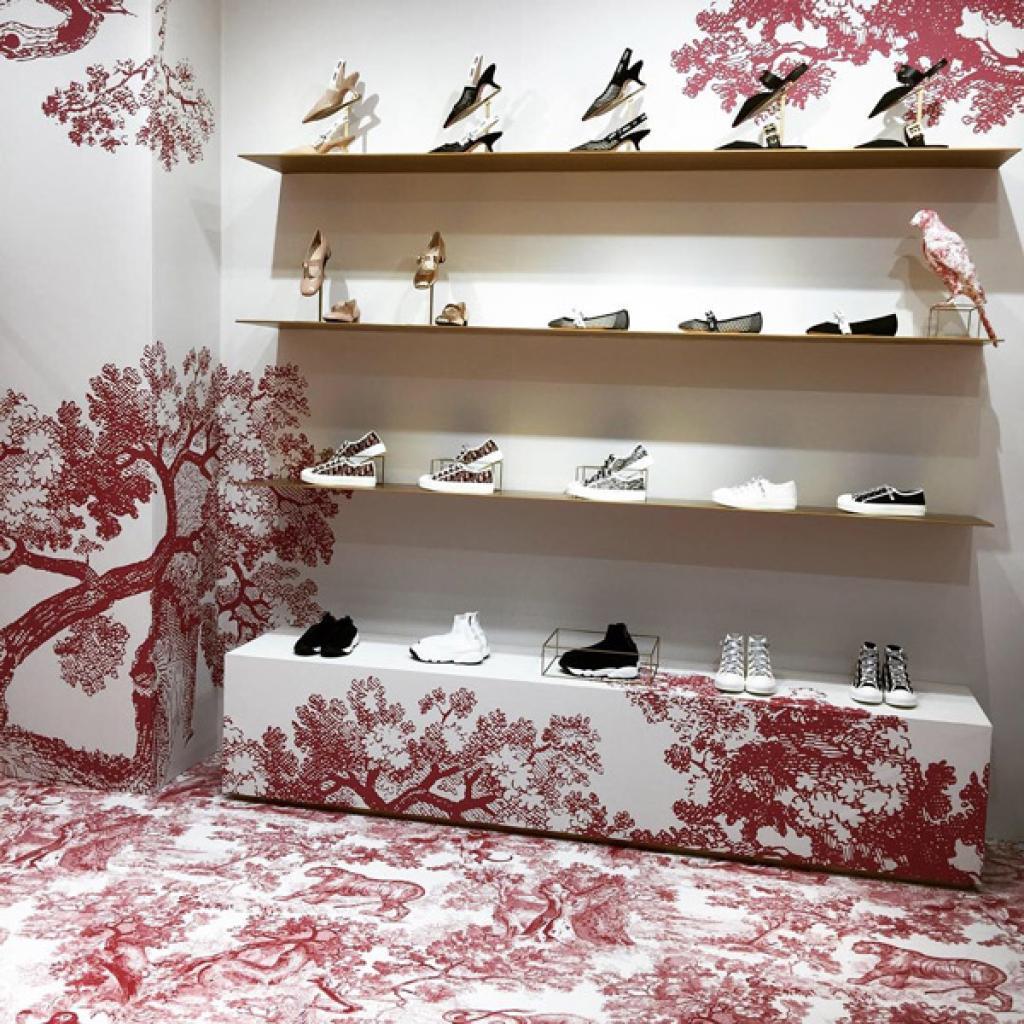 Retail Fashion Shop Wallpaper