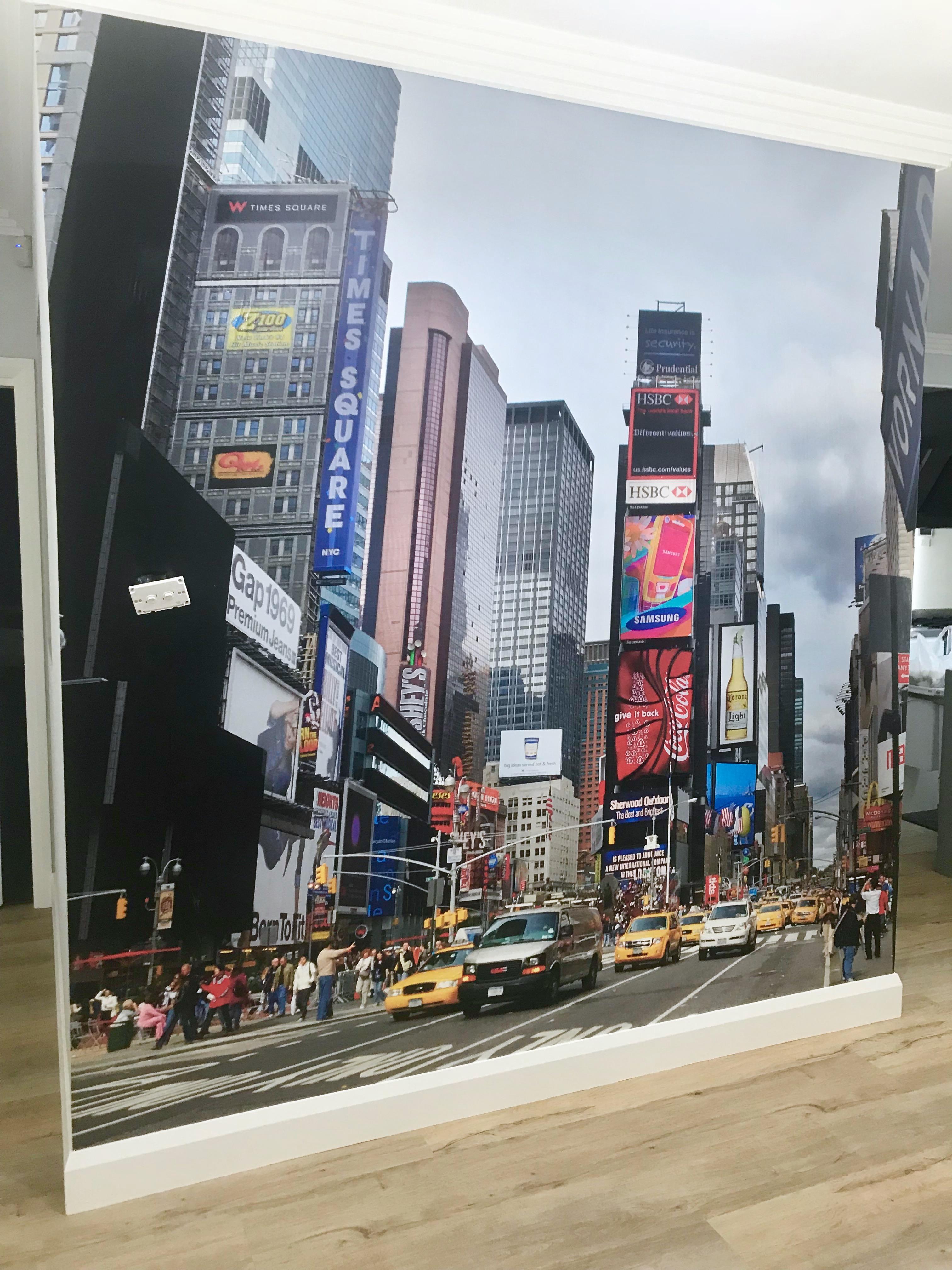 Wallpaper murals for homesick expats